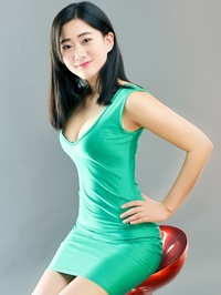 Single Yuanyuan (Julia) from