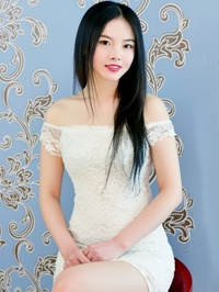 Asian Bride Liying (Lily) from Dlian, China