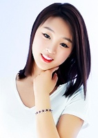 Russian single Ran (Selena) from Taiyuan, China