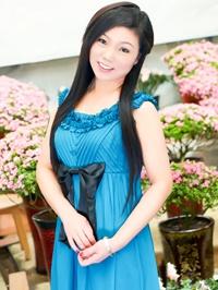 Single Jingya (Angela) from Fushun, China