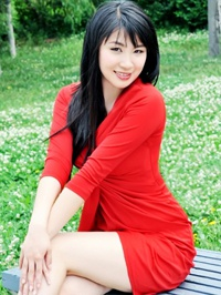Single Yanyi (Evelyn) from Fushun, China