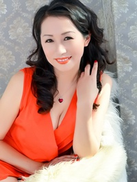 Asian woman Yali (Lindsay) from Funshun, China