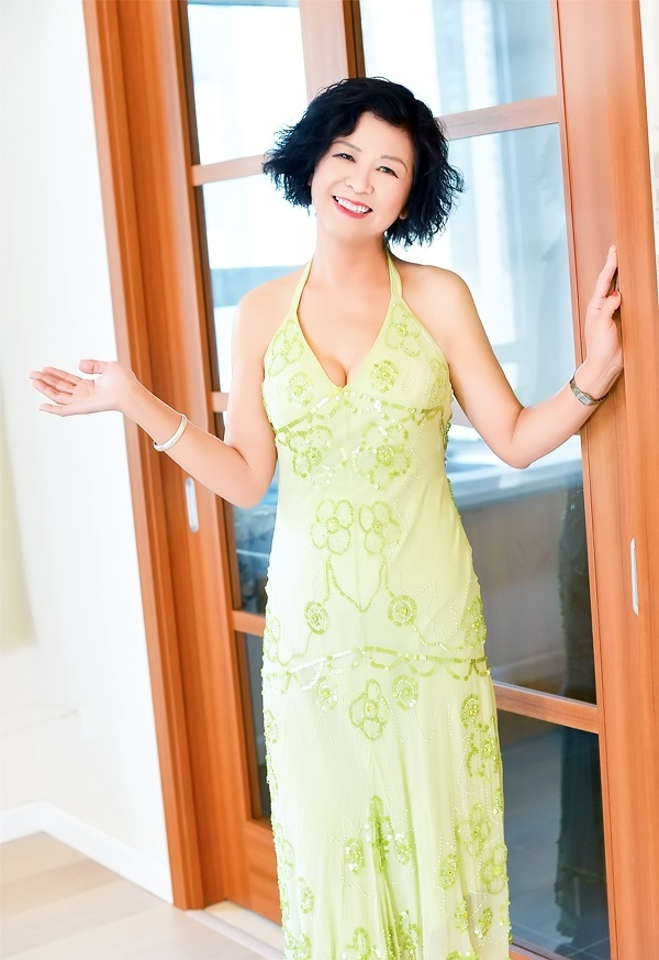 Single girl Qiuyan (Yan) 69 years old
