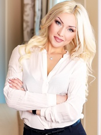 Russian Bride Oksana from Kharkov, Ukraine