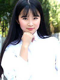 Asian woman Xiaotong (Wendy) from Fuxin, China
