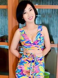 Single Tingting (Ella) from fushun, China