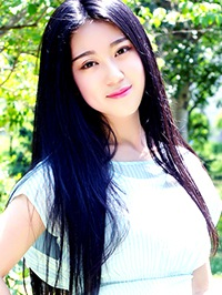 Single JiaYin (Zora) from Jinzhou, China
