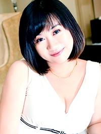 Asian woman Nisha from Fushun, China