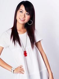 Asian woman Xiayi from Lingdong, China