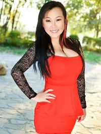 Asian woman Yanjie (May) from Fushun, China