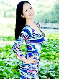 Asian woman Xinyuan (Kelly) from Fushun, China
