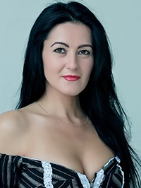 Single Larisa from Vishnevoe, Ukraine