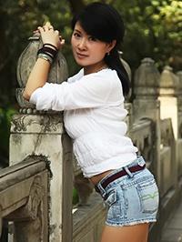 Asian woman Suping from Guilin, China