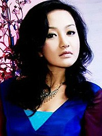 Single Qian (Fiona) from Beijing, China