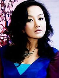 Asian woman Qian (Fiona) from Beijing, China