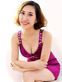 Asian woman Guina (Nana) from Shenzhen, China