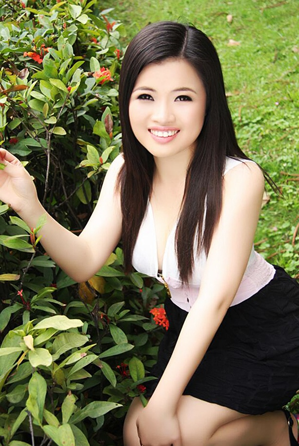 Asian bride Guiju (Yoyo) from Shenzhen
