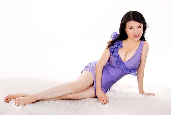 Single girl Baojie (Bella) 56 years old