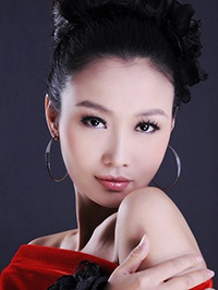 Single Dongmei (May) from Zhengzhou, China