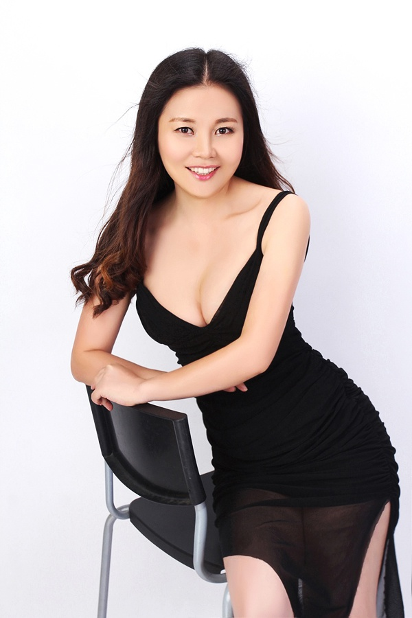 Asian bride Ouxiang (Daisy) from Shenzhen