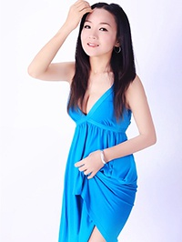 Asian woman Hui (Nina) from Shenzhen, China
