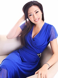 Asian woman Ling (Linda) from Guangzhou, China