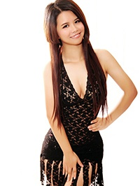 Asian woman Weifei (Feifei) from Guangzhou, China