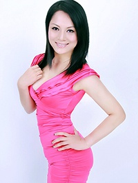 Asian woman Minfang (Claire) from Yulin, China