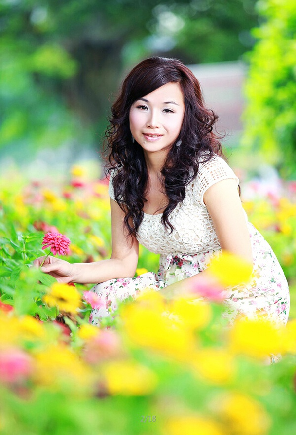crystal asian single women Asian singles women and thai girls at asian singles online dating service for true love and marriage asian singles are naturally beautiful.