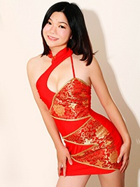Single Aizhen (Laura) from Guangzhou, China