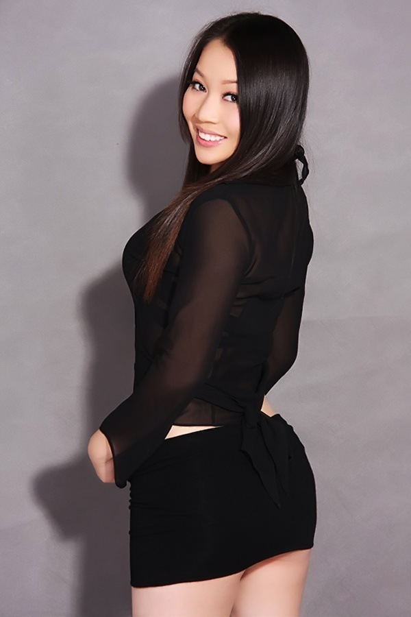 xinyi single christian girls Christian dating site to connect with other christian singles online start your free trial to chat with your perfect match christian-owned since 1999.