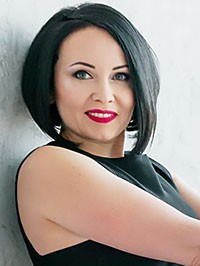 Russian woman Oksana from Mariupol, Ukraine