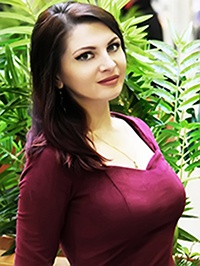 Russian Bride Elena from Mariupol, Ukraine