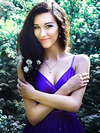 Single Alina from Lugansk, Ukraine