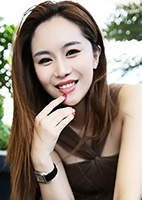 Russian single Yan (Fiona) from Shenzhen, China
