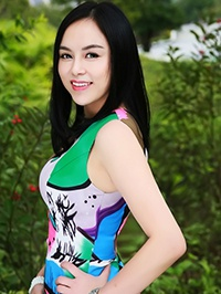 Single Huali (Jessica) from Shenzhen, China