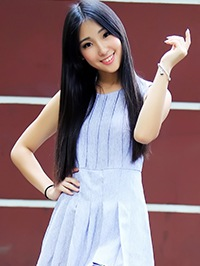 Asian woman Xuan (Xuna) from Shantou, China