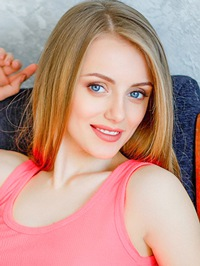 Single Viktoriya from Nikolaev, Ukraine