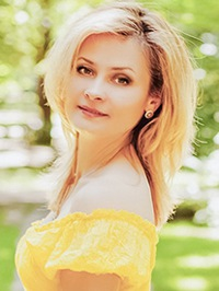 Russian woman Elena from Lvov, Ukraine