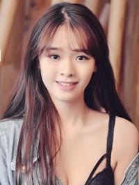 Single Yuhan (Victoria) from Guangzhou, China