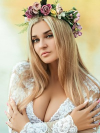 Russian Bride Gloria from Odessa, Ukraine