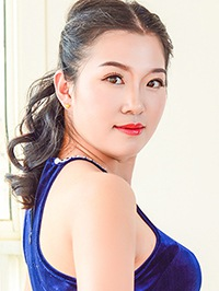 Single Yan from Kaifeng, China