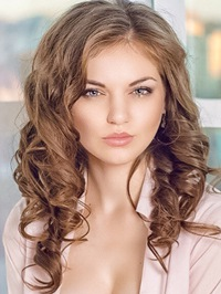 Russian woman Olga from Verkhnedneprovsk, Ukraine