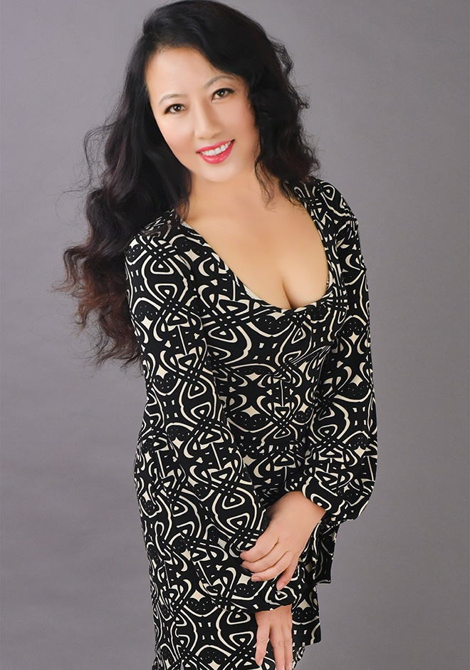 shenyang single mature ladies This british mature lady loves fucking and sucking her hired help  mature ladies is here to please with our ever-growing selection of mature porn we liked ourselves.