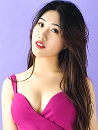 Single Hehe (Lynn) from Shijiazhuang, China