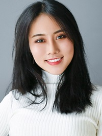Single Jiaxin (Alice) from Panxi, China