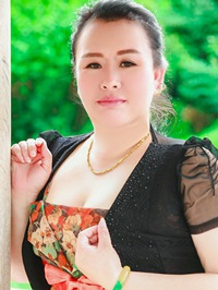 Asian Bride Ying (Carrie) from Fushun, China