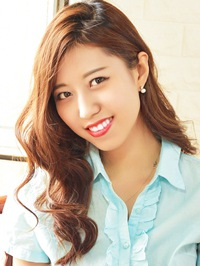 Single Xinzhu (Fiona) from Shenyang, China