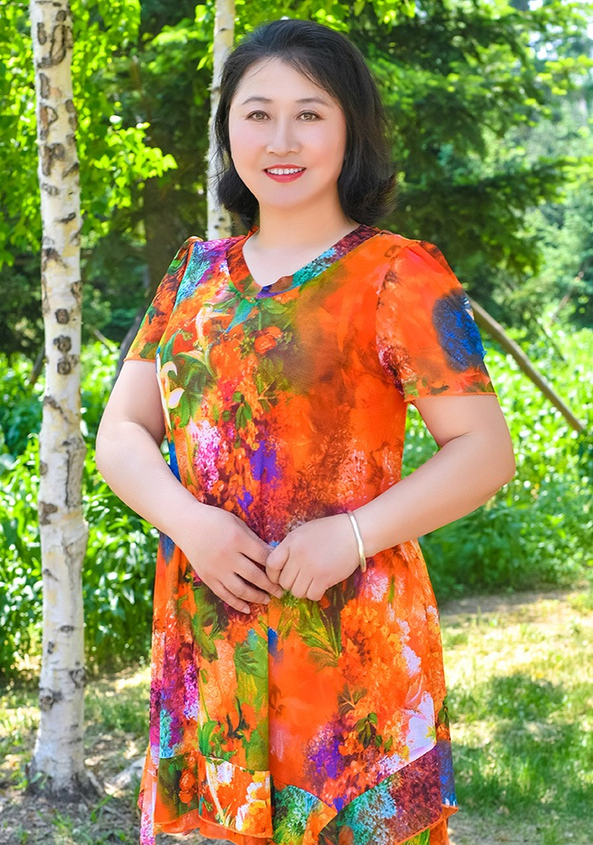 Single girl Lihua (Jenny) 49 years old