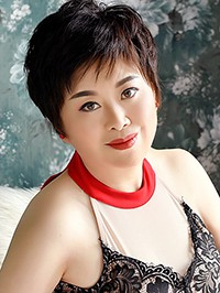 Asian woman Hong (Kate) from Shenyang, China